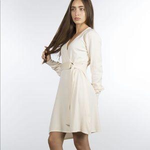 Dresses & Skirts - Cream belted sweater dress